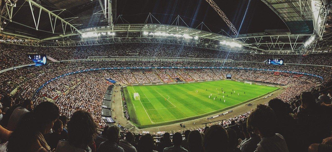 No habrá aficionados en los estadios